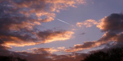 Geheimnisvolle Wolken schweben,bis weit in die Welt.