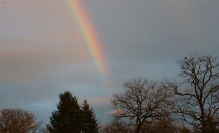 Über den Regenbogen geht es in den Himmel..