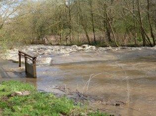 Ahr hat Hochwasser..