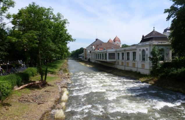 Die Ahr bei Bad- Neuenahr Spielbank